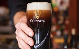 cropped_MAIN_on_Guinness_pints___2_
